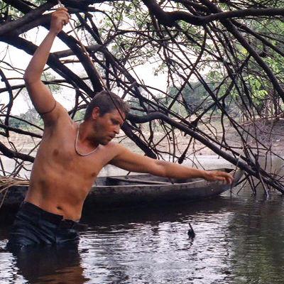 Kari Väänänen elokuvassa Amazon.