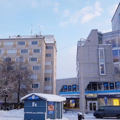 Kerrostaloja Lappeenrannan keskustassa kauppatorin laidalla.