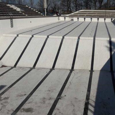 Skejtare har orsakat skador på Samppalinna utebad.