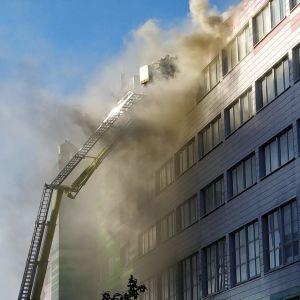 Turun Kupittaalla on rakennuspalo