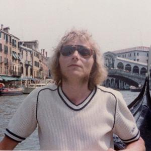 Veijo Hietala Venetsiassa kanaalin rannalla