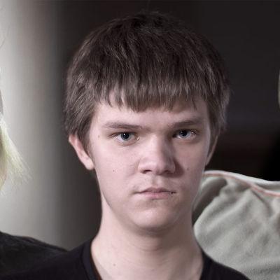 Kolmen kiusatun nuoren kasvot kollaasissa.