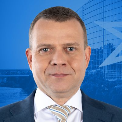 Ylen eurovaalitentissä kokoomuksen puheenjohtaja Petteri Orpo