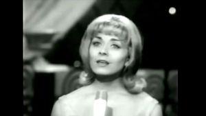 Isabelle AUbret tävlade och vann för Frankrike i Eurovisionen år 1962.