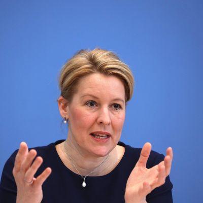 Perheministeri Franziska Giffey erosi tiistaina tehtävästään. 5.5.2021 Berliini.