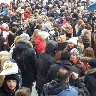 Lyseon lukio Jyväskylä marssi tammikuu 2015