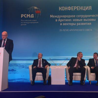 Arktisten maiden konferenssi Moskovassa.