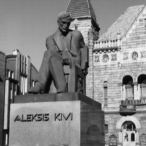 Wäinö Aaltosen veistämä Aleksis Kiven patsas.