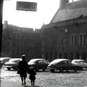 Tallinnan raatihuoneentori (1965).