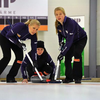 Curling naiset Oona Kauste
