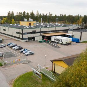 KWH Mirkas fabrik i Bäljars industriområde i Karis.