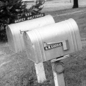 Suomalaisia nimiä amerikkalaisissa postilaatikoissa