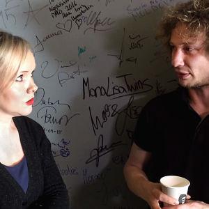 Riikka Holopainen tapasi kapellimestari Santtu-Matias Rouvalin.