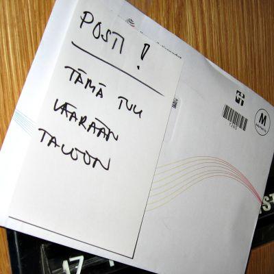 Väärään osoitteeseen tullut kirjekuori.