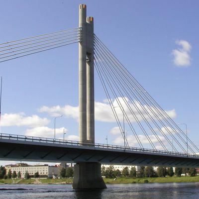 Jätkänkynttilä-silta Rovaniemellä