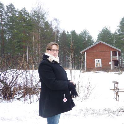 - Hyväkuntoinen rakennus, pihapiirin kaunistus, Hannu Jantunen tokaisee katsellessaan vanhaa aittaa.