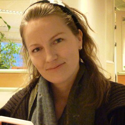 Muotoilija Marianne Valola