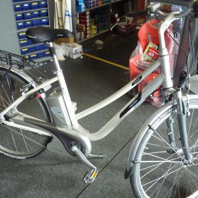 Sähköavusteinen polkupyörä