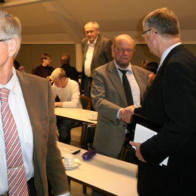 Lahden suurkuntahankkeen lopetustilaisuus kaupungintalolla 2010.