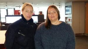 Regissören Alexandra-Therese Keining och kompositören Sophia Ersson poserar.