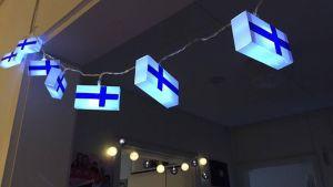 Nathalie Lindvall har pyntat med flaggor.