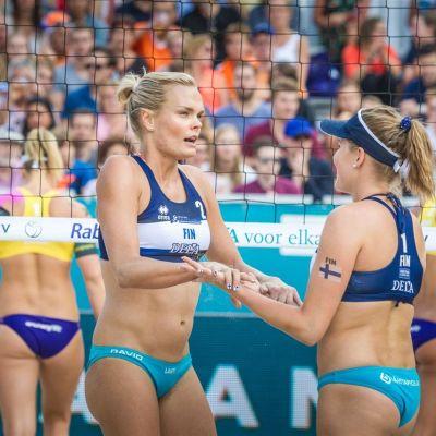 Riikka Lehtonen ja Niina Ahtiainen