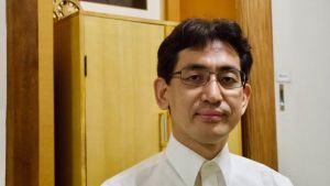 Akitoshi Hirosue är talesman för Hikari no Wa - efterföljaren till Aum Shinrikyo .
