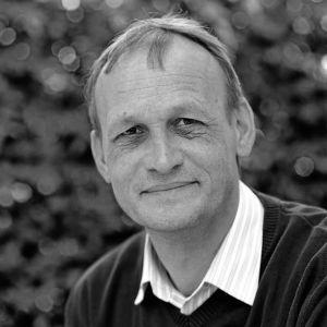 Författaren och professorn Helmut Müller-Enbergs