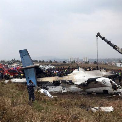 Plan kraschade vid landningen i Katmandu, Nepal.