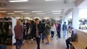Snart töms korridorerna i Oxhamns skola i Jakobstad.