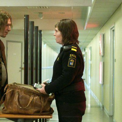 Eero Milonoff näyttelee elokuvassa Gräns.