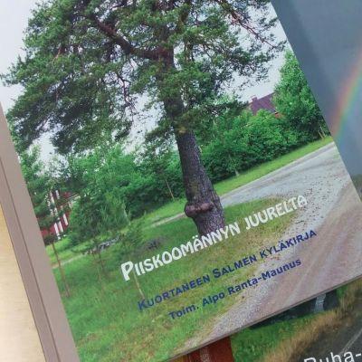Kuortaneen Salmen kyläkirja valmistui toukokuussa 2016. Ruha-Alanurmon kirja on parin vuoden takaa.