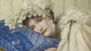 Målning av en kvinna som ligger med huvudet på en blå kudde.