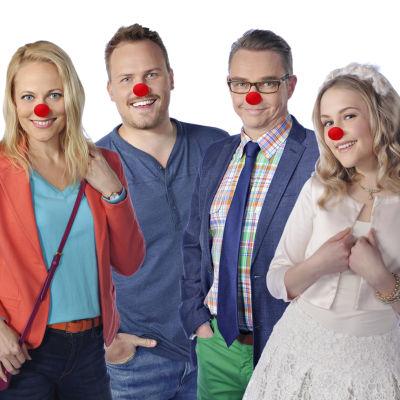 Nenäpäivä -show:ssa 2016 mukana Uuden Päivän näyttelijät Anette Aghazarian, Anu Niemi, Panu Mikkola, Antti Majanlahti, Amelie Blauberg ja Antti Väre.