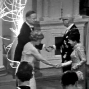 """Ristikuva Reino Paasilinnan """"toisenlaisesta itsenäisyyspäiväohjelmasta"""" (1967)."""