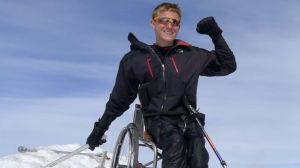 Aron Anderson på toppen av Kebnekaise.