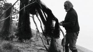 Tapio Wirkkala lapissa, verkot kuivumassa