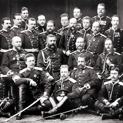 Suomen kaartilaisia Turkin sodan jälkeen (1878).