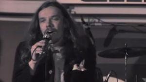 Moog Konttinen laulaa 1976.