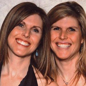 Identtiset kaksoset ovat pitkään olleet tutkijoiden suosikkeja koehenkilöinä, koska heidän avullaan voidaan paljasta periytyvien ominaisuuksien ja ympäristön vaikutukset ihmisen geeniperimään.