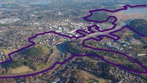 Flygfoto över Borgå och där Nationalstadsparken är utmärkt