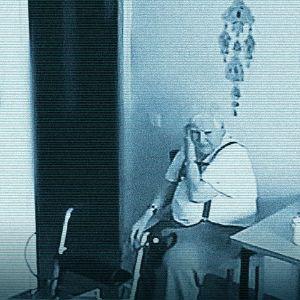 Muistisairas yksin kotona