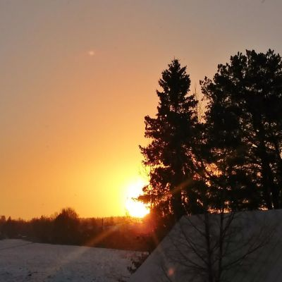 Auringonnousu.