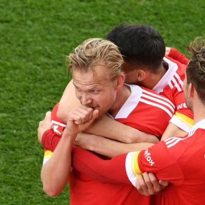 Joel Pohjanpalo iski hattutempun Werder Bremeniä vastaan huhtikuun lopussa.