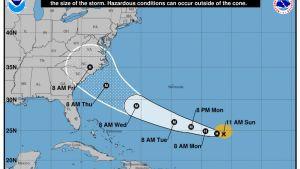 Orkanen Florence förstärks ute över Atlanten innan den väntas ta i land på torsdag
