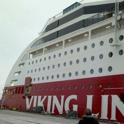 Viking Grace överläts till Viking Line