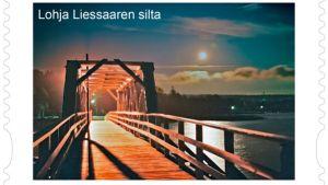 Bilden på ett samlarfrimärke som publiceras 3.10.2014. Liessaaribron i Lojo.