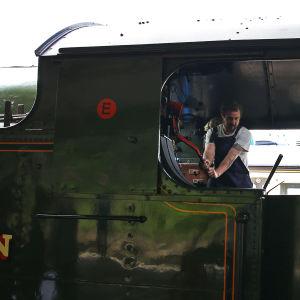 Lokeldaren på ett ångtåg.