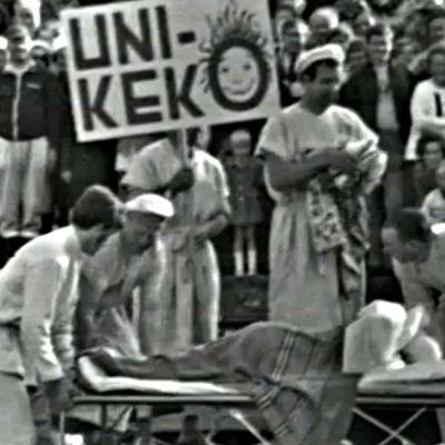 Unikeko heitetään mereen Naantalissa (1972).
