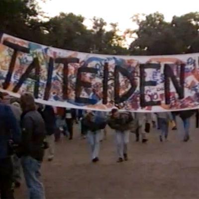 Ensimmäisen Taiteiden yön viettoa Helsingissä 1989